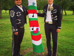 Mexico yarnbomb at Nathanael Greene Park